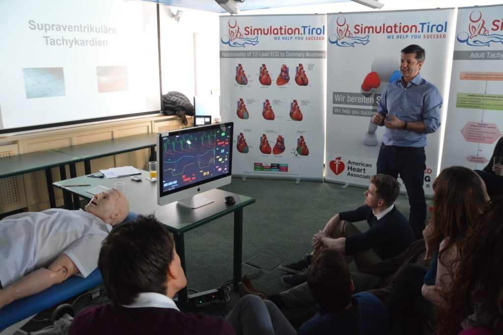 Interaktiver EKG Kurs am Simulator mit Simulation.Tirol