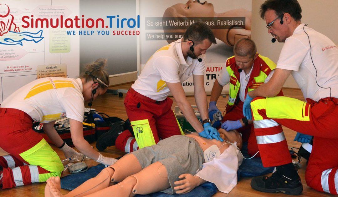 Wir berichten über ein Simulationstraining beim Samariterbund Tirol für Rettungs- und Notfallsanitäter: