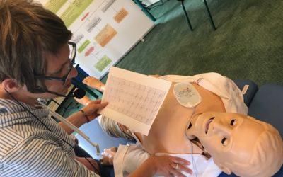 3 Gründe, die den EKG und Schrittmacher Notfallkurs einzigartig machten – Kursbericht, Fotos und Evaluierungen