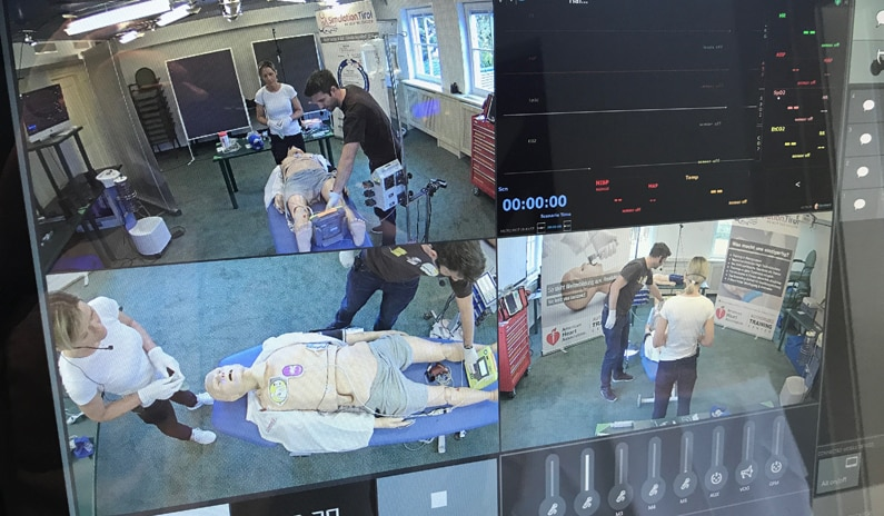 Video Debriefing SimStation