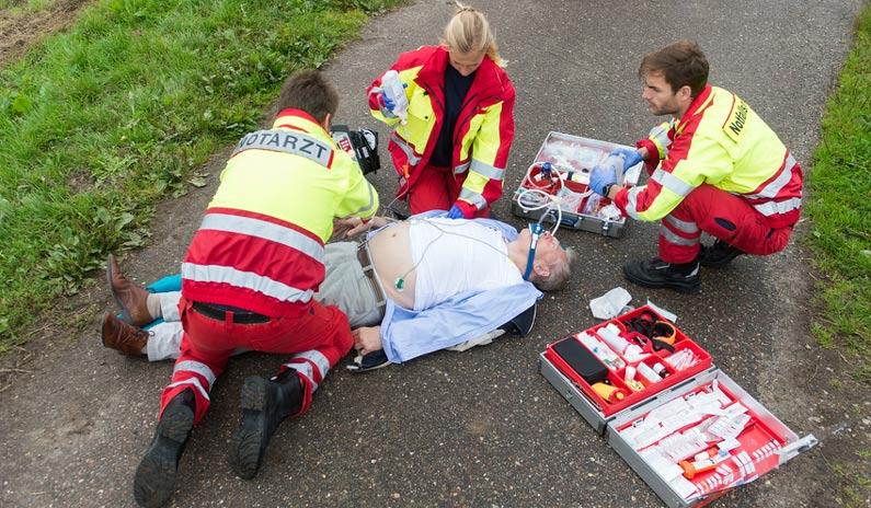 Notfall: Polytrauma – So reagierst du als Notarzt richtig + VIDEO