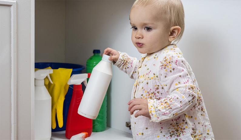 Säure- und Basenunfälle bei Kindern – Wie reagierst du als Notarzt richtig?