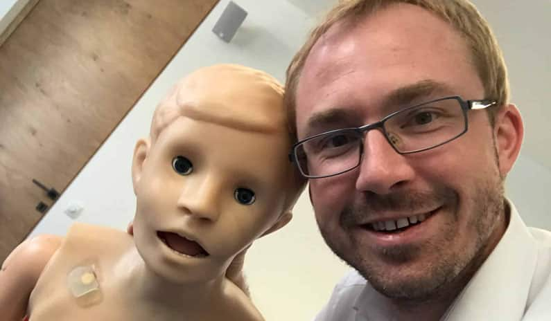 Kindersimulator Dr Daniel Pehboeck