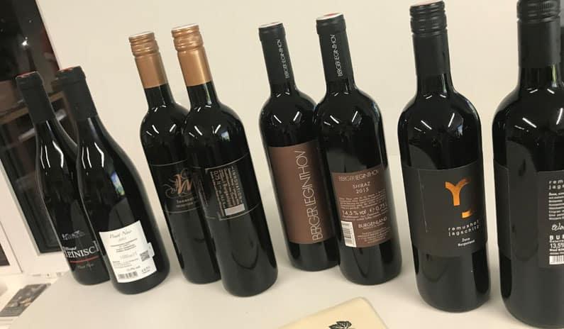Weinflaschen Simulation Tirol