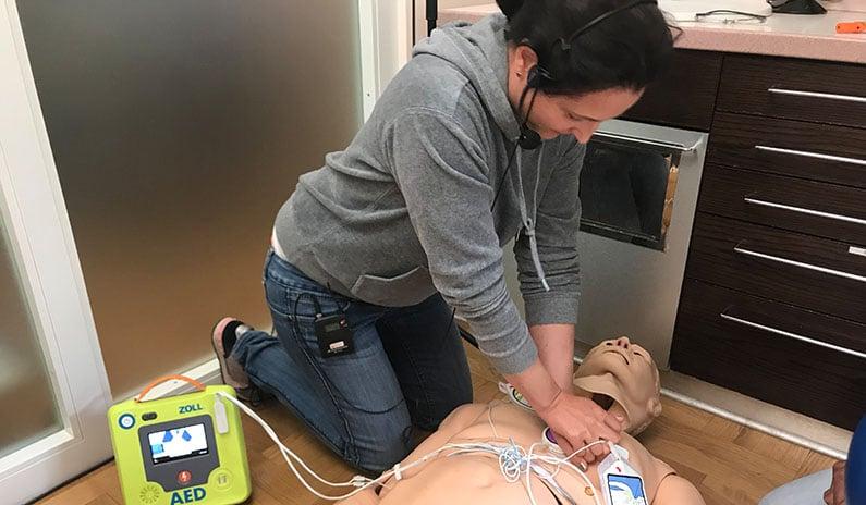 defibrillator schulung simulation tirol