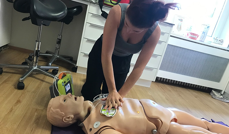 medizinisches notfalltraining simulator