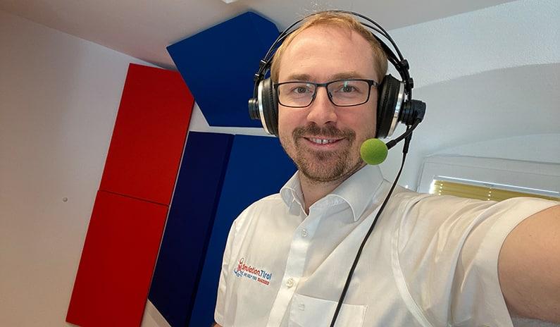 Daniel Pehböck spricht live im Radio Maria über Notfallmedizin